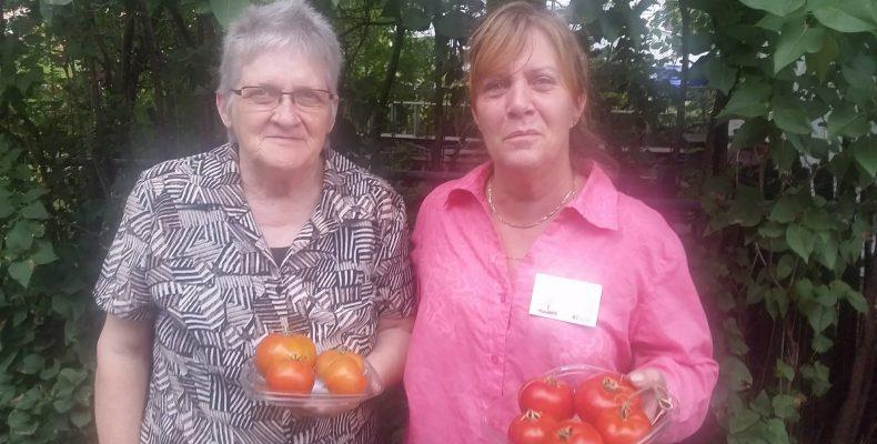 Un donatrice avec la fondatrice Louise Boisvert